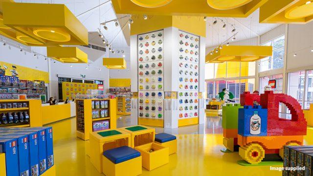 Nightlife soundtracks Dreamworld LEGO® store