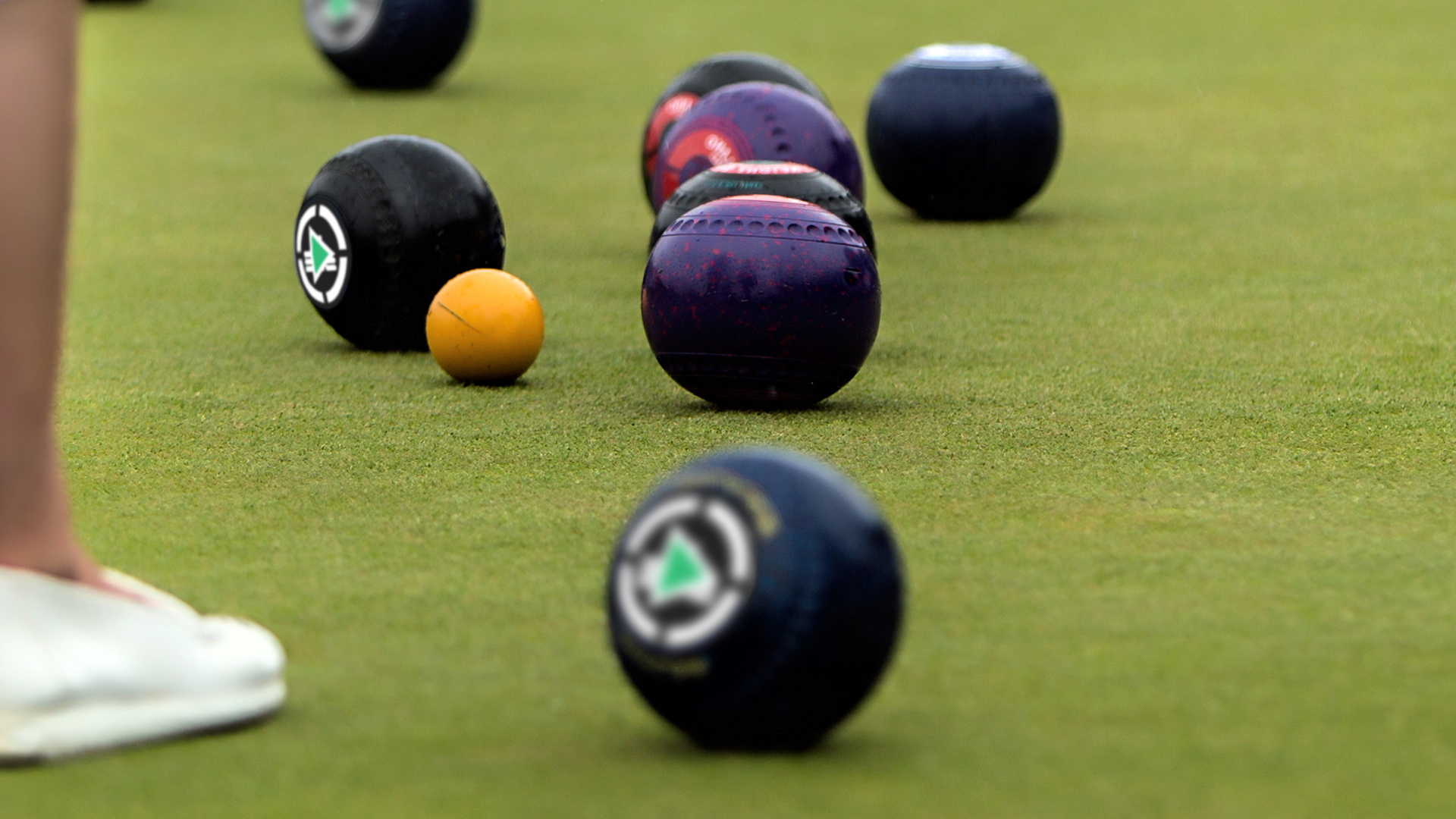 Dune Rats on the green in the lawn bowls scene - Nightlife ...